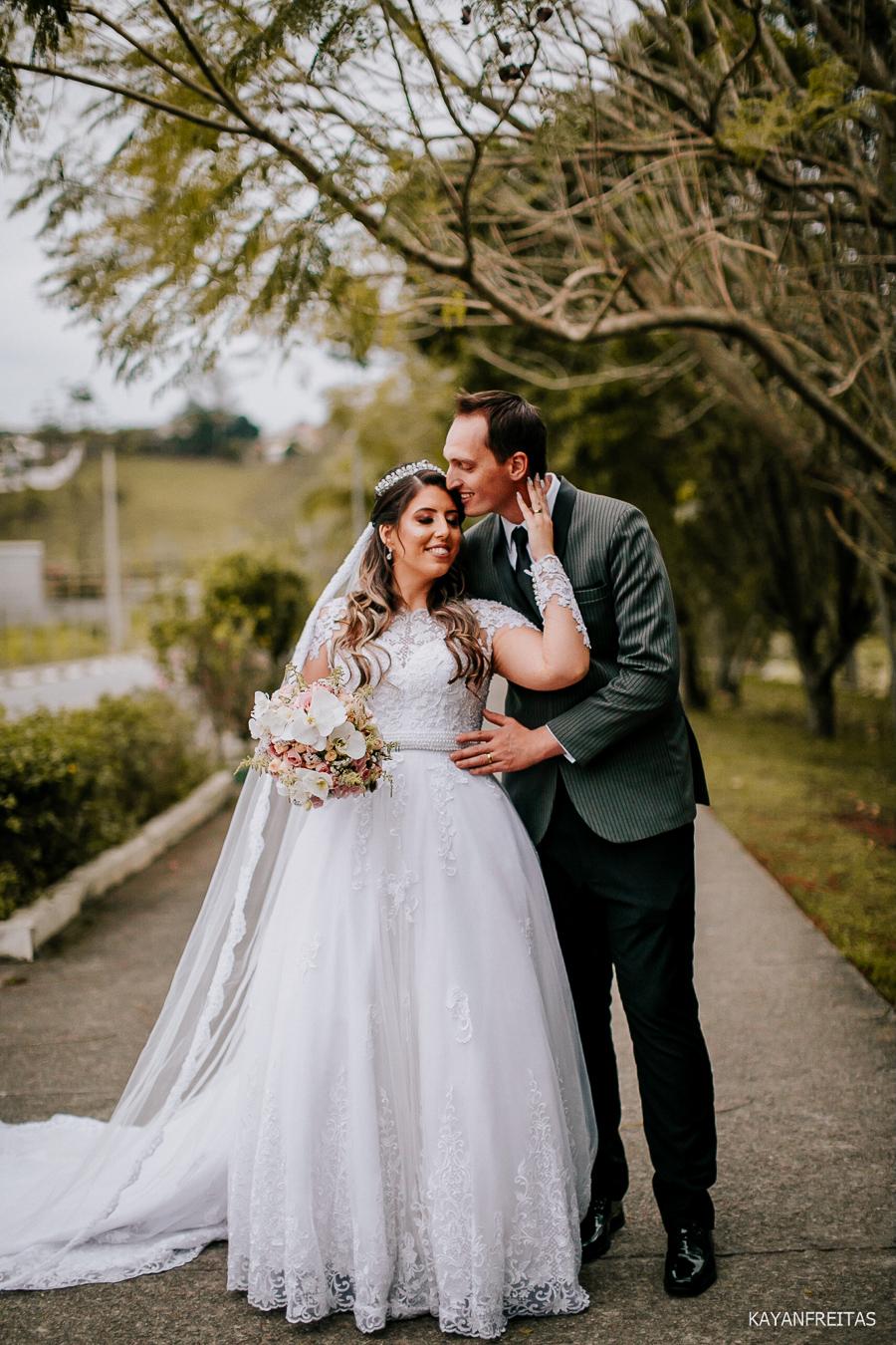 beatriz-juliano-cas-0081 Casamento Beatriz e Juliano - Centro de Eventos Nascer do Sol