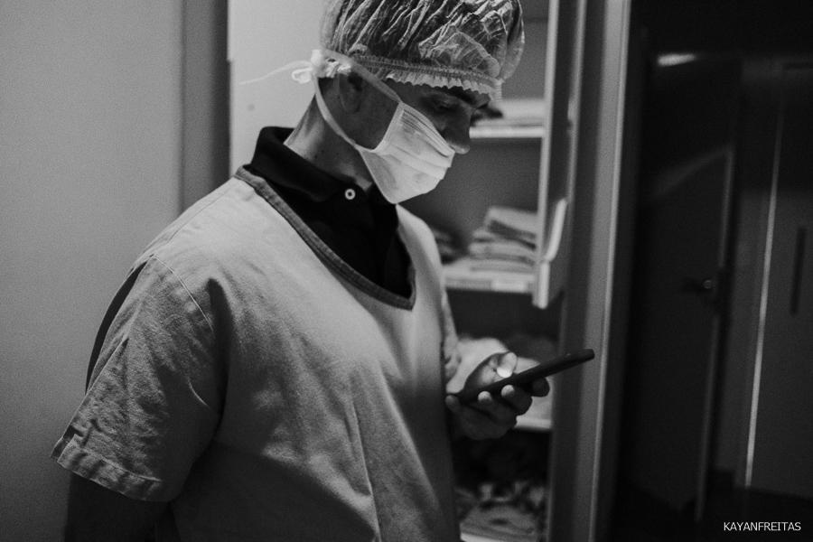 fotografia-de-nascimento-floripa-0016 Nascimento da Mel - Clinica Santa Helena