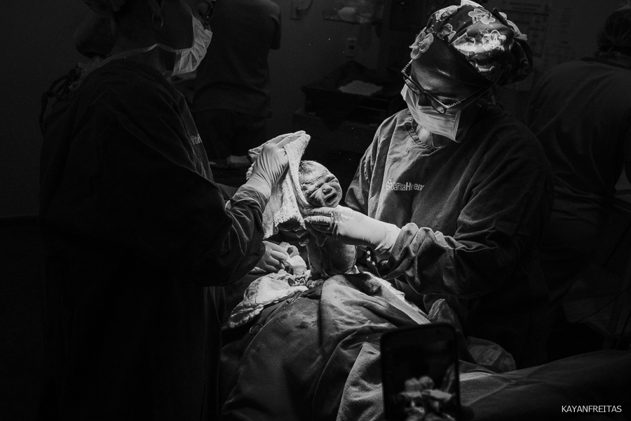 fotografia-de-nascimento-floripa-0019 Nascimento da Mel - Clinica Santa Helena