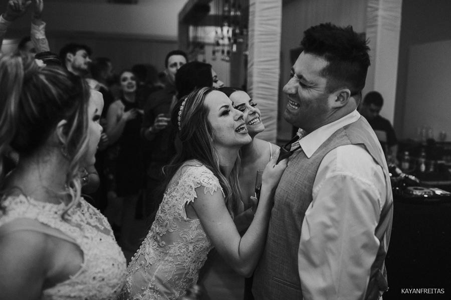 casamento-em-floripa-paularamos-0133 Casamento Thaís e Fábio - Paula Ramos Florianópolis