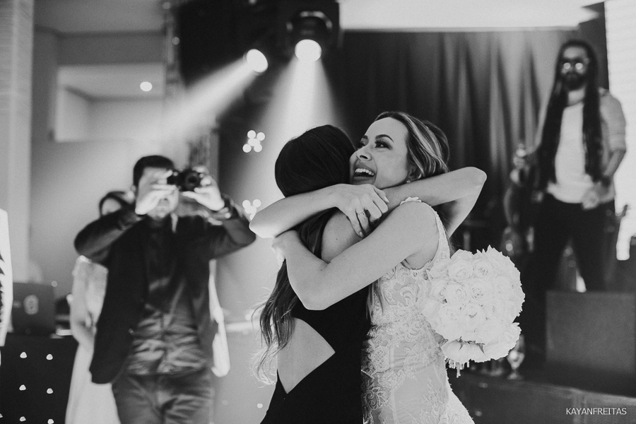 casamento-em-floripa-paularamos-0155 Casamento Thaís e Fábio - Paula Ramos Florianópolis