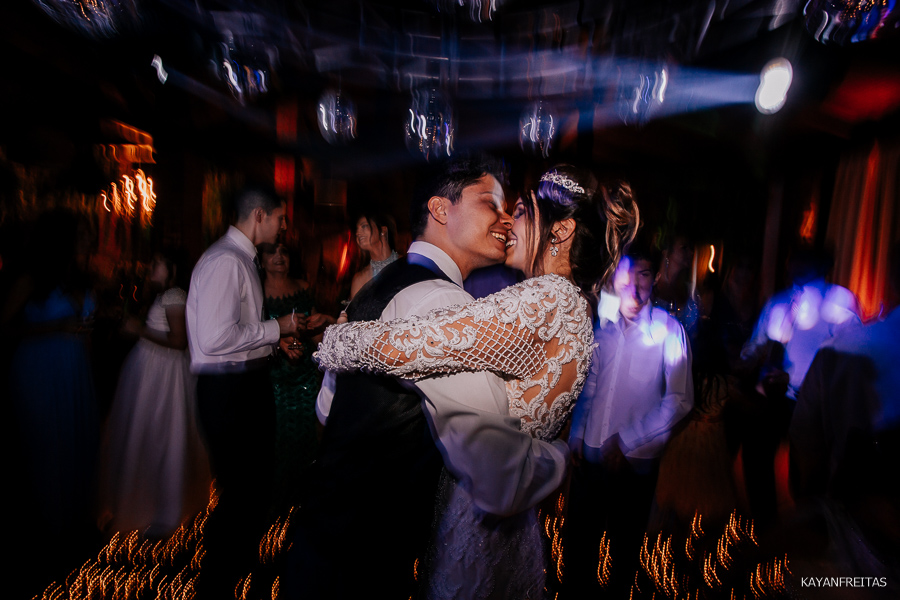 fotos-casamento-floripa-bed-0127 Casamento em São José - Izabelle e Douglas