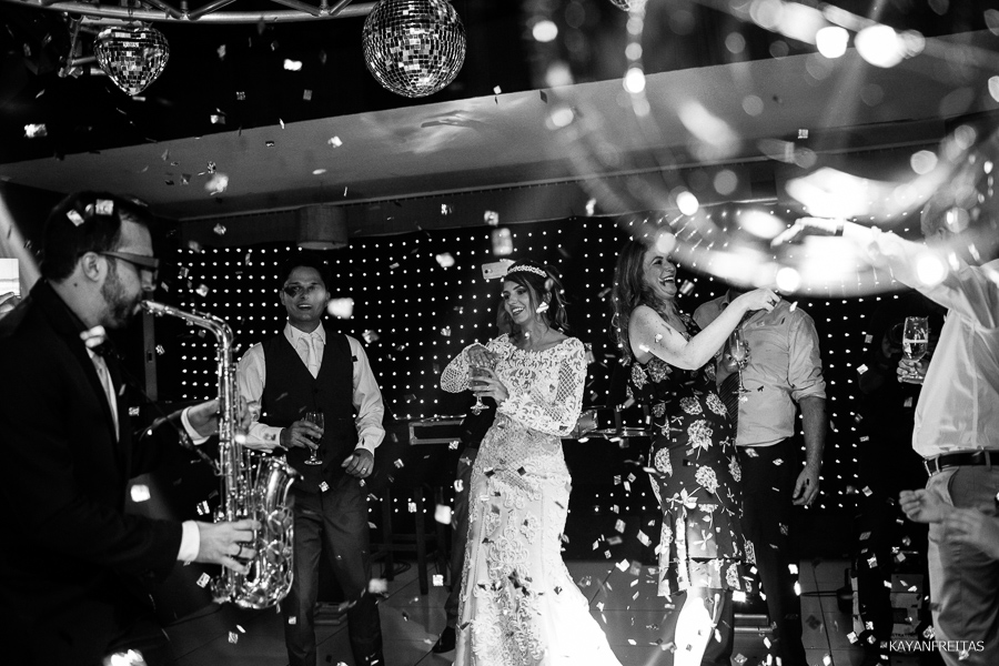 fotos-casamento-floripa-bed-0136 Casamento em São José - Izabelle e Douglas