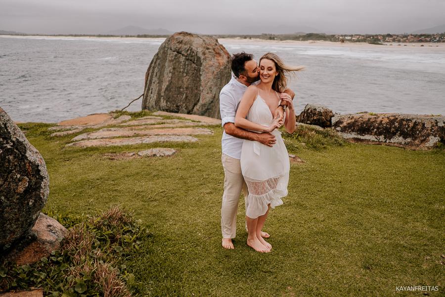 roberta-anderson-pre-0004 Sessão pré casamento Roberta e Anderson - Guarda do Embaú