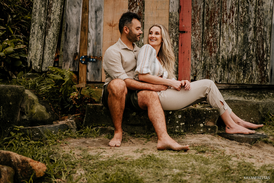 roberta-anderson-pre-0040 Sessão pré casamento Roberta e Anderson - Guarda do Embaú