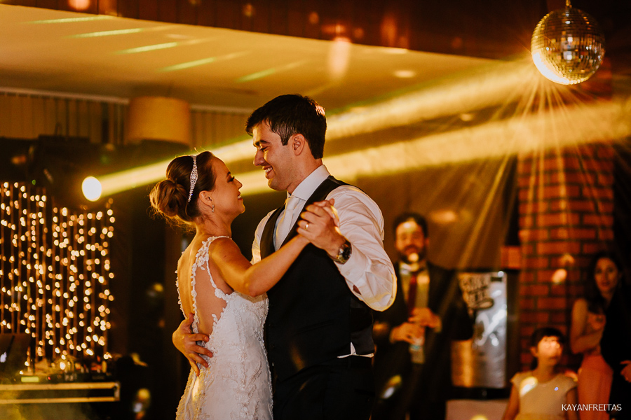carol-eduardo-casamento-0102 Casamento Carol e Eduardo - São José / SC