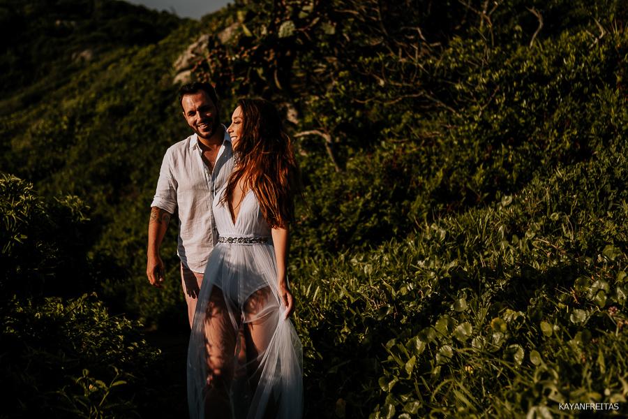 precasamento-gringos-guardadoembau-0023 Sessão Pré Casamento Rafael e Maria Eduarda - Guarda do Embaú